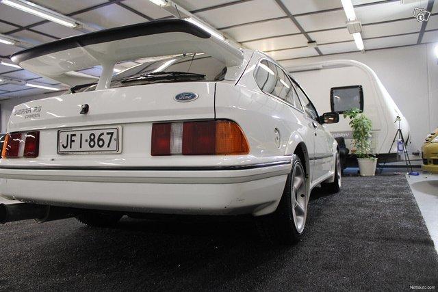 Ford Sierra 11