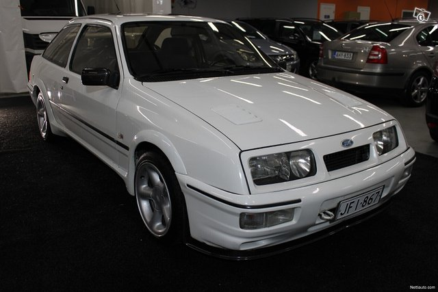 Ford Sierra 19