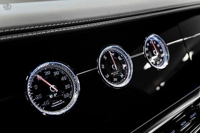 Bentley Flying Spur 11