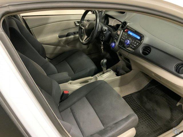 Honda Insight 7