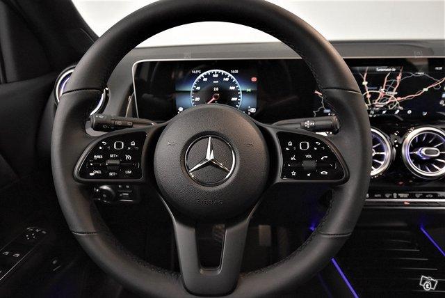 Mercedes-Benz GLB 14