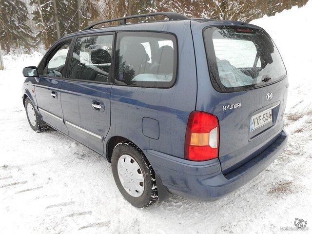 Hyundai Trajet 7