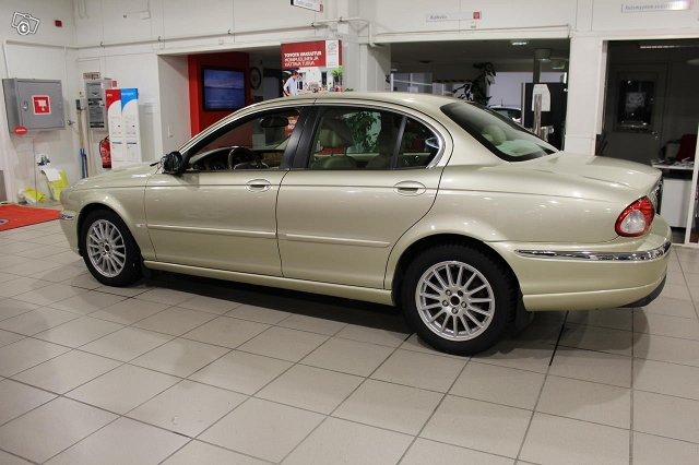 Jaguar X-TYPE 3