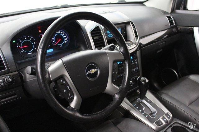 Chevrolet Captiva 10