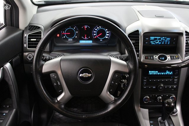 Chevrolet Captiva 12