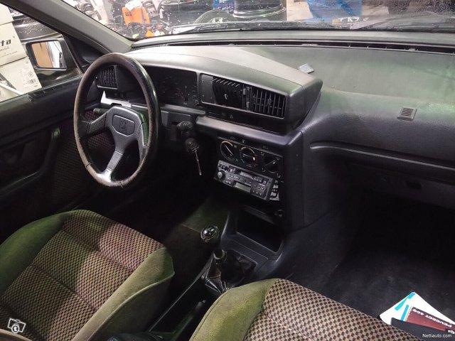 Peugeot 405 10