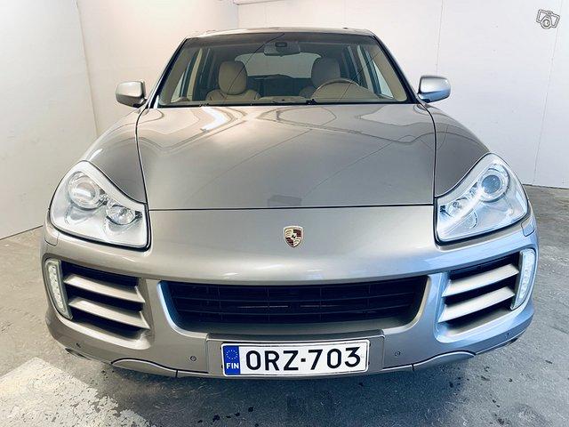 Porsche Cayenne 5