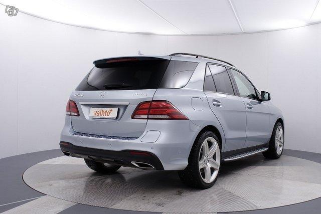 Mercedes-Benz GLE 6