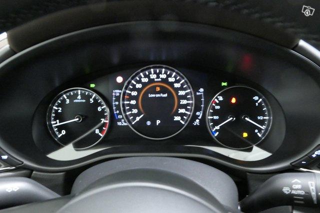 Mazda CX-30 15