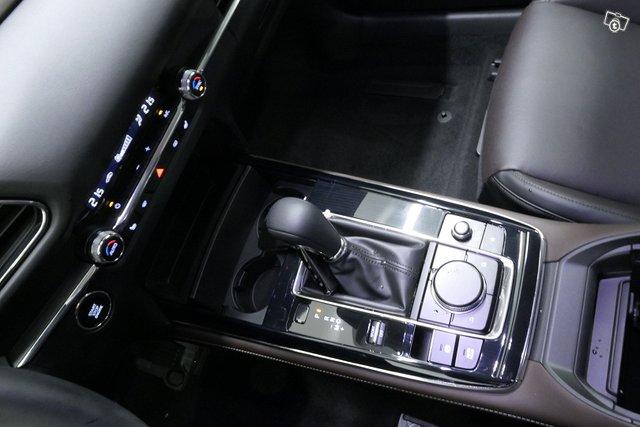 Mazda CX-30 16