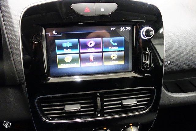 Renault Clio 21