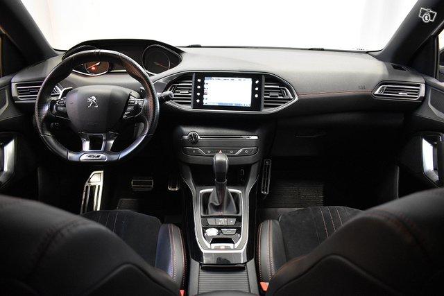 Peugeot 308 12