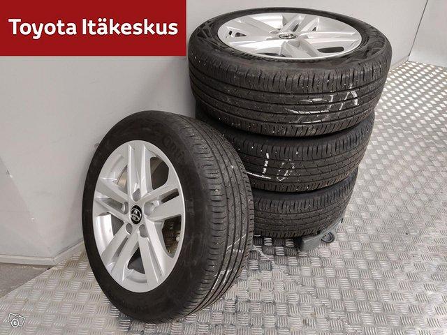 Toyota Corolla 18