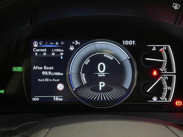 Lexus ES 12