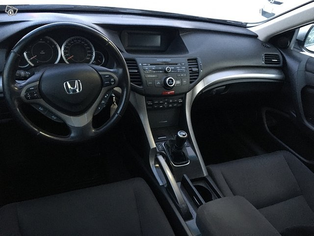 Honda ACCORD 2.2 I-Dtec Elegance 8