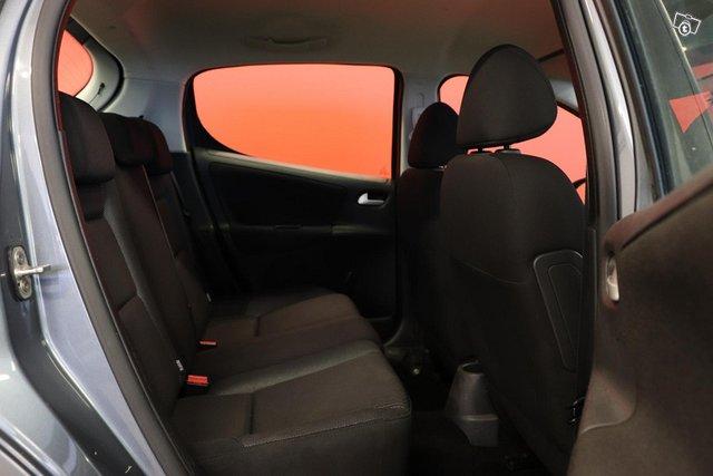Peugeot 207 14
