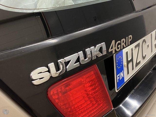 Suzuki Liana 20