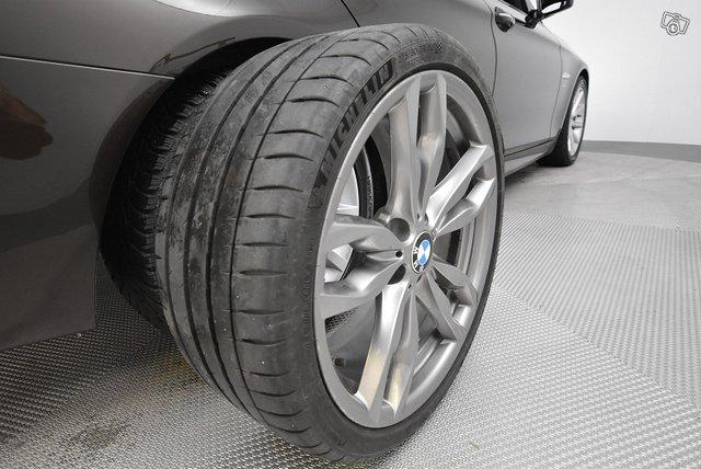 BMW 5-SARJA 23