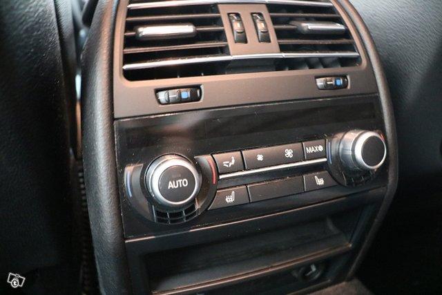 BMW 7-sarja 11