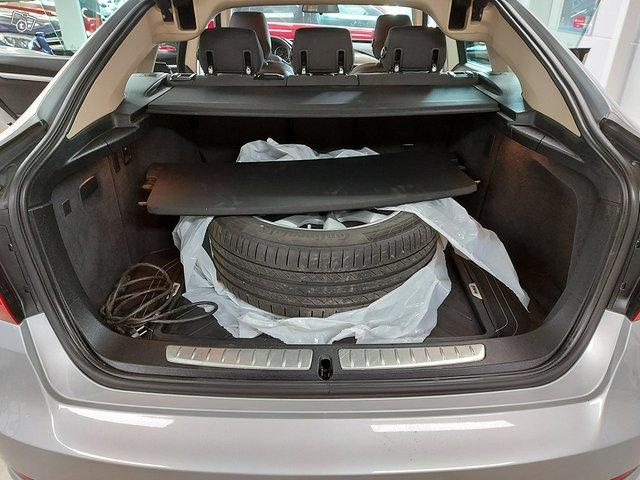 BMW 318 Gran Turismo 13