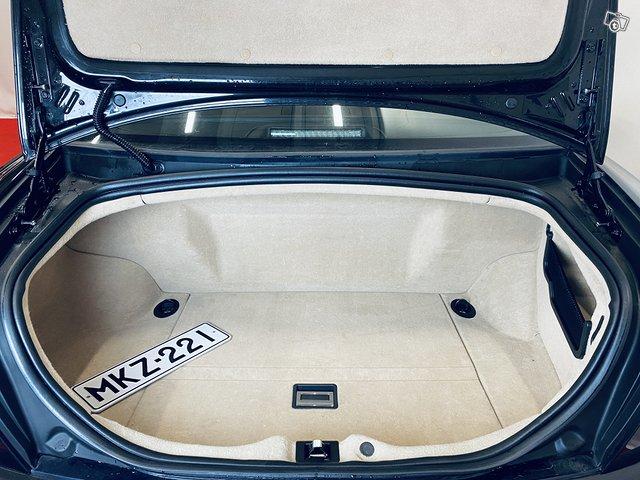Maserati Quattroporte 12