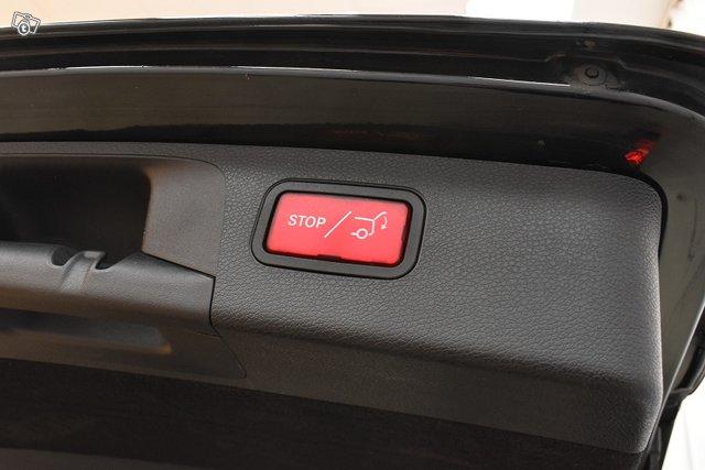 Mercedes-Benz E 24