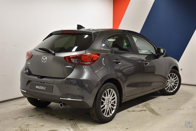 Mazda Mazda2 4