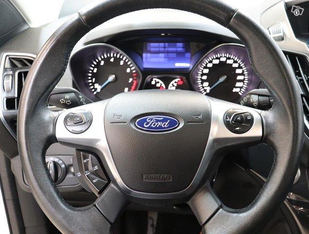 Ford Kuga 10