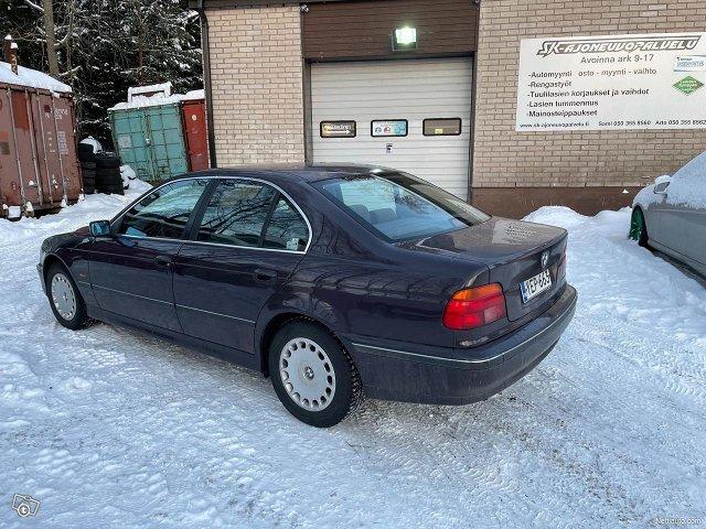 BMW 523 3