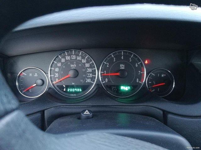 Chrysler Neon 7