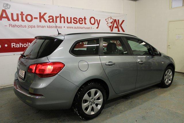 Opel ASTRA SPORTS TOURER 5