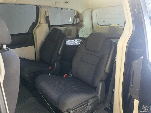 Chrysler Grand Voyager 10