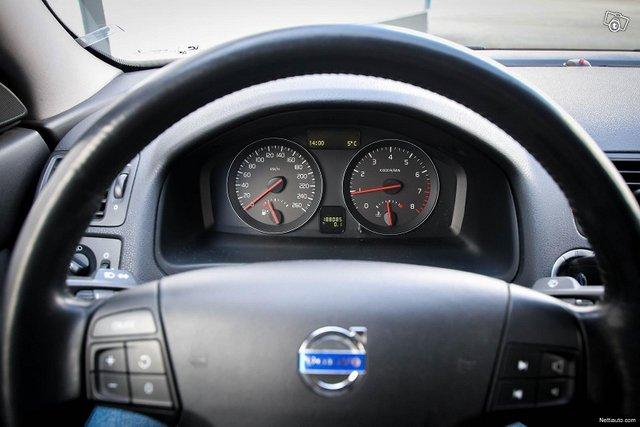 Volvo S40 19