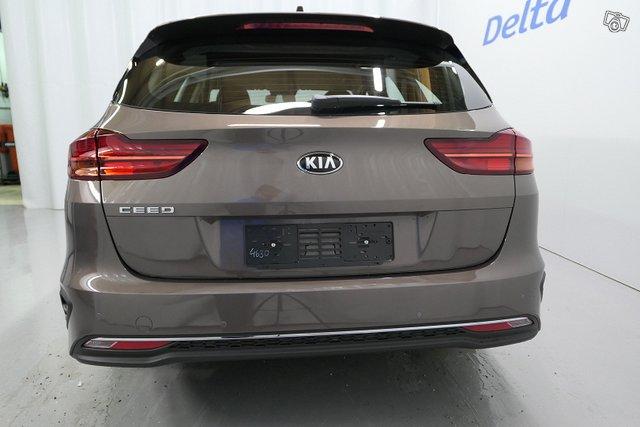 Kia CEED 5