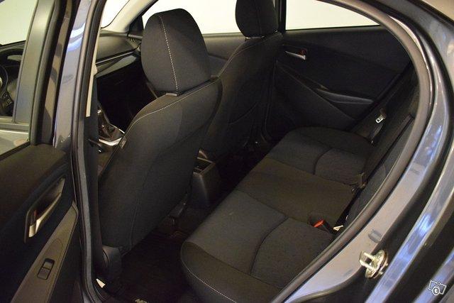 Mazda Mazda2 14