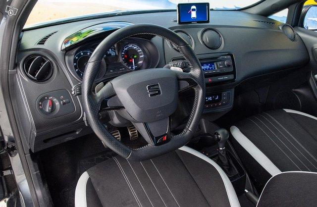 Seat Ibiza SC 13
