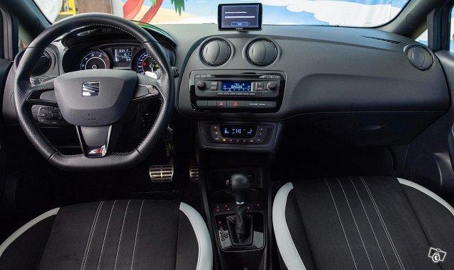 Seat Ibiza SC 17