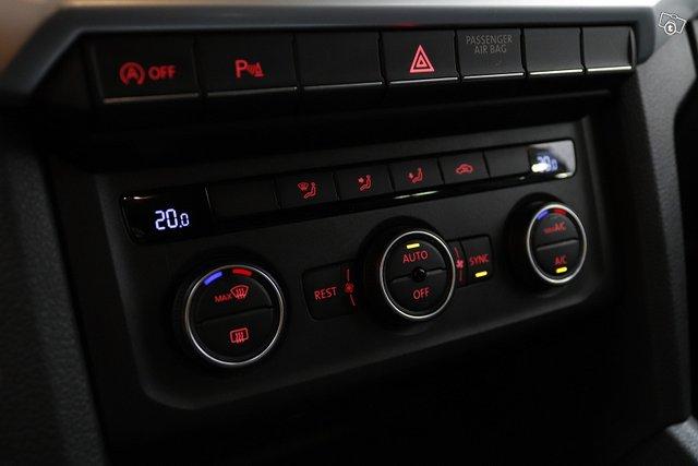 Volkswagen Amarok 21