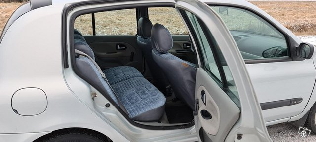 Renault Clio 15