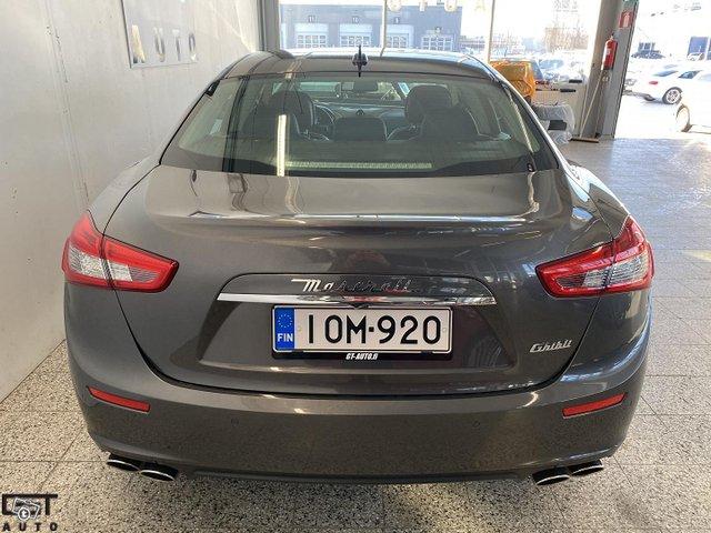 Maserati Ghibli 5