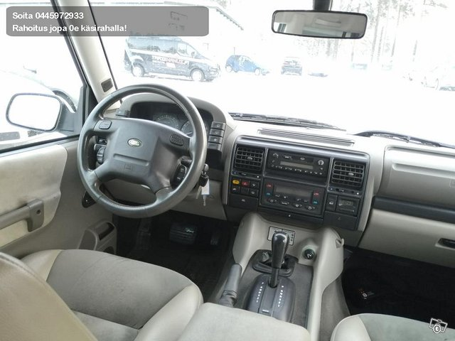 Land Rover Discovery II 7