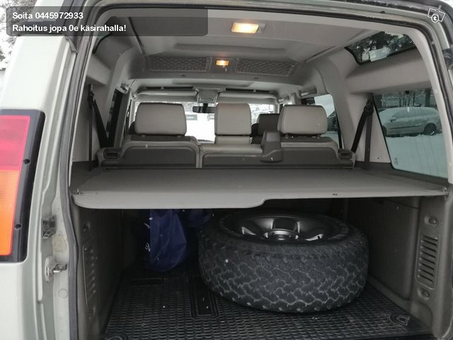 Land Rover Discovery II 9