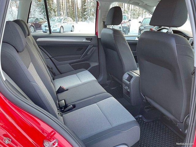 Volkswagen Golf Sportsvan 10