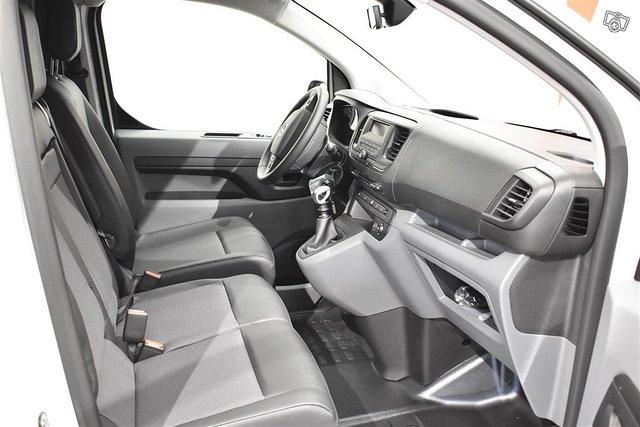 Opel Vivaro 17