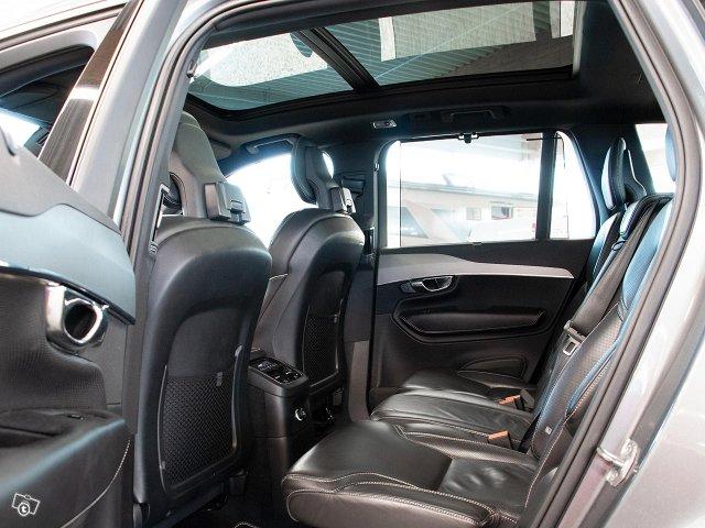 Volvo XC90 20