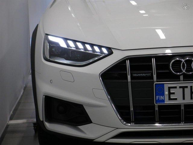 Audi A4 Allroad Quattro 12