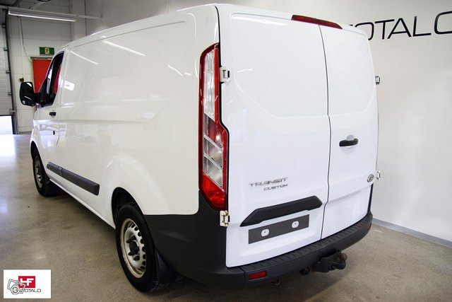 Ford Transit Custom 9