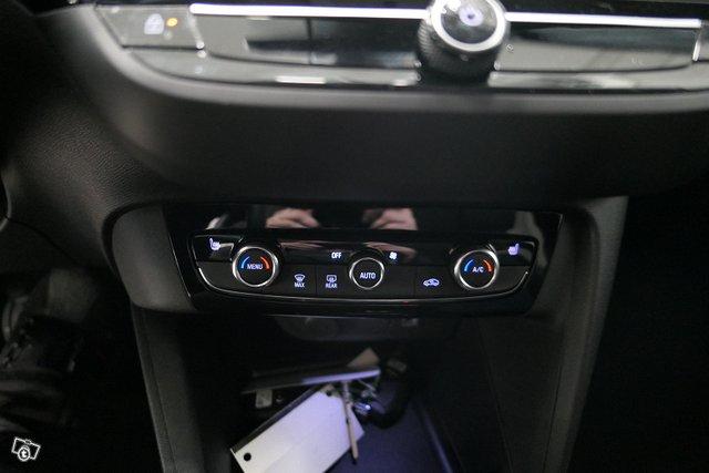 Opel Corsa-e 11