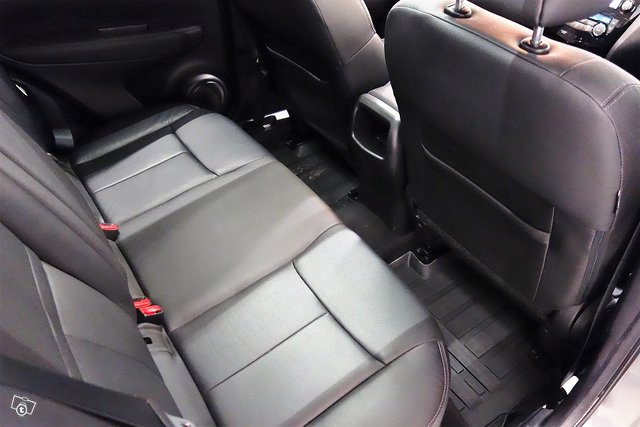 Nissan Qashqai 24