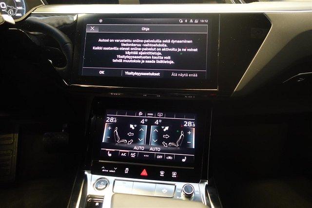 Audi E-tron 10